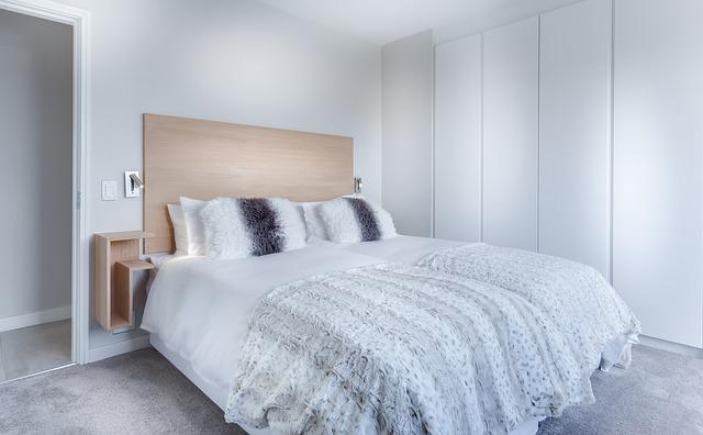Łóżko kontynentalne – czy warto je kupić?
