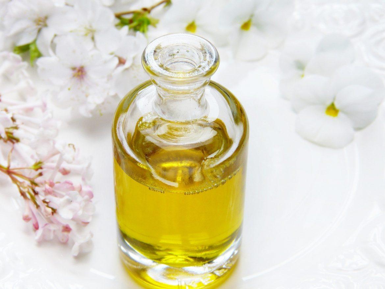Kosmetyki naturalne polecane na wiosnę